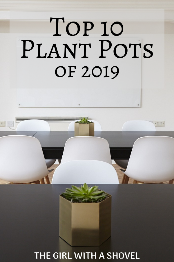 Top 10 Trending Indoor Plant Pots for 2019 is part of Indoor plants, Indoor plant pots, Houseplants decor, Potted plants, Apartment plants, Stylish wall decor - Top 10 Trending Indoor Plant Pots for 2019 What is up again everyone ! ! So today we're going to have some fun with the top trending indoor plant pots! What I've noticed with these pots is that not very many of them followed Pantone's Color of the Year ( Living Coral )  Instead, I saw