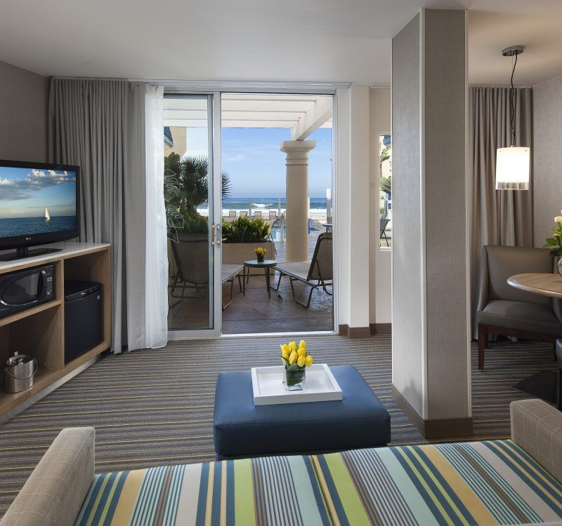 Located Right On Pacific Beach Explore Our San Go Accommodations At Blue Sea Hotel Offering 127 Guest Rooms Suites We Are The Premier Choice