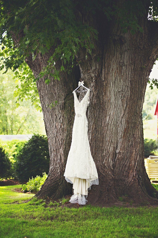 Megan and Jason garden wedding. Visit www.justintrails