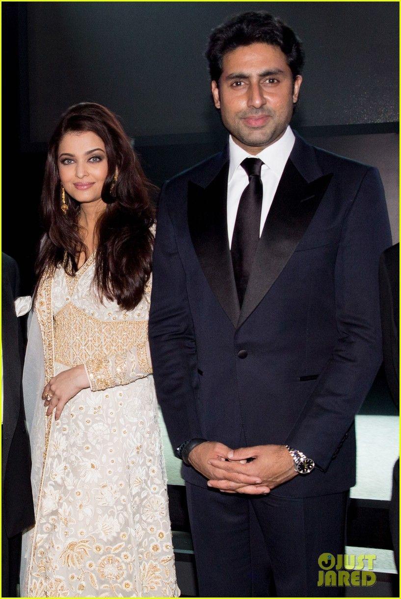 Aishwarya Rai And Her Husband Abhishek Bachchan Pose Together While Attending The Inaugural Amfar India Indian Celebrities Aishwarya Rai Bachchan Aishwarya Rai