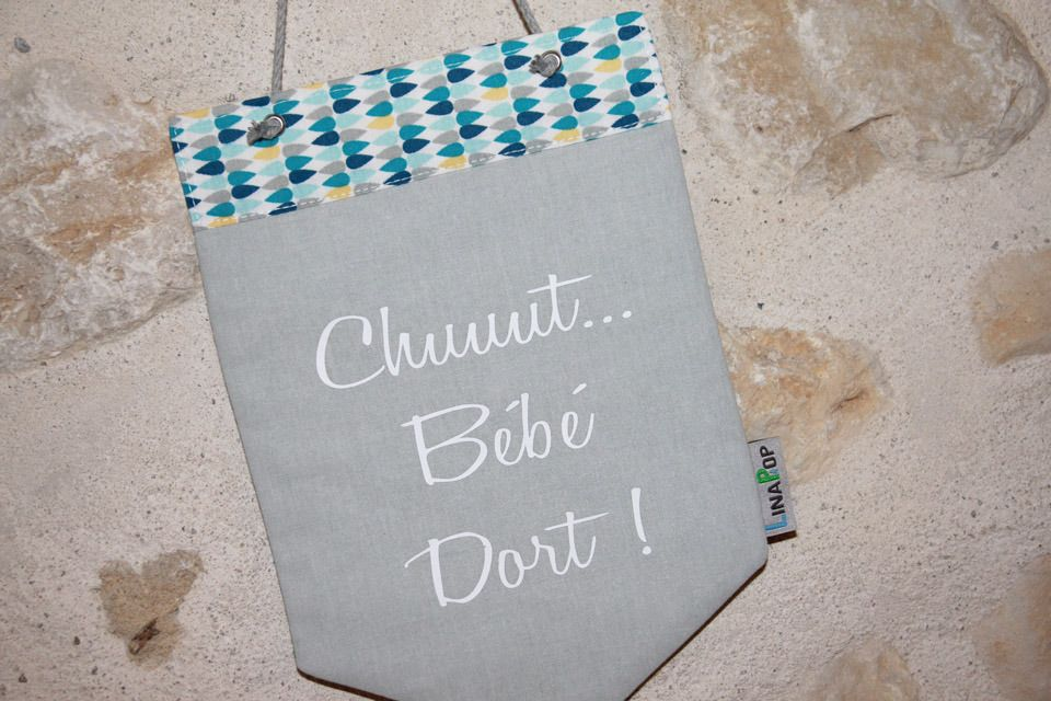 Fanion personnalisable en tissu banni re porte ou d coration murale gouttes bleu chambre d - Fanion deco chambre ...