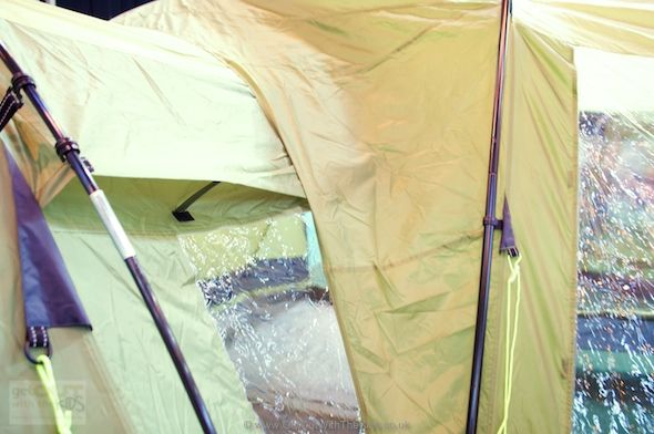 Gelert Universal Side Porch wrapping over the top of a tent How to find out if & Gelert Universal Side Porch wrapping over the top of a tent How to ...