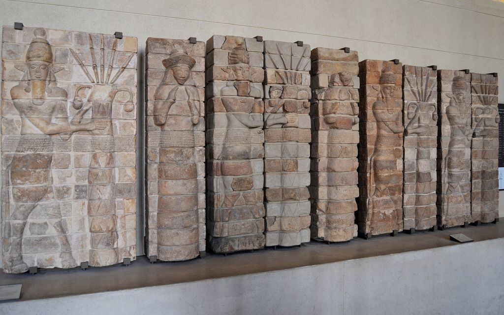 París (Louvre). Decoración del templo de Innana en Uruk. S. XV AC