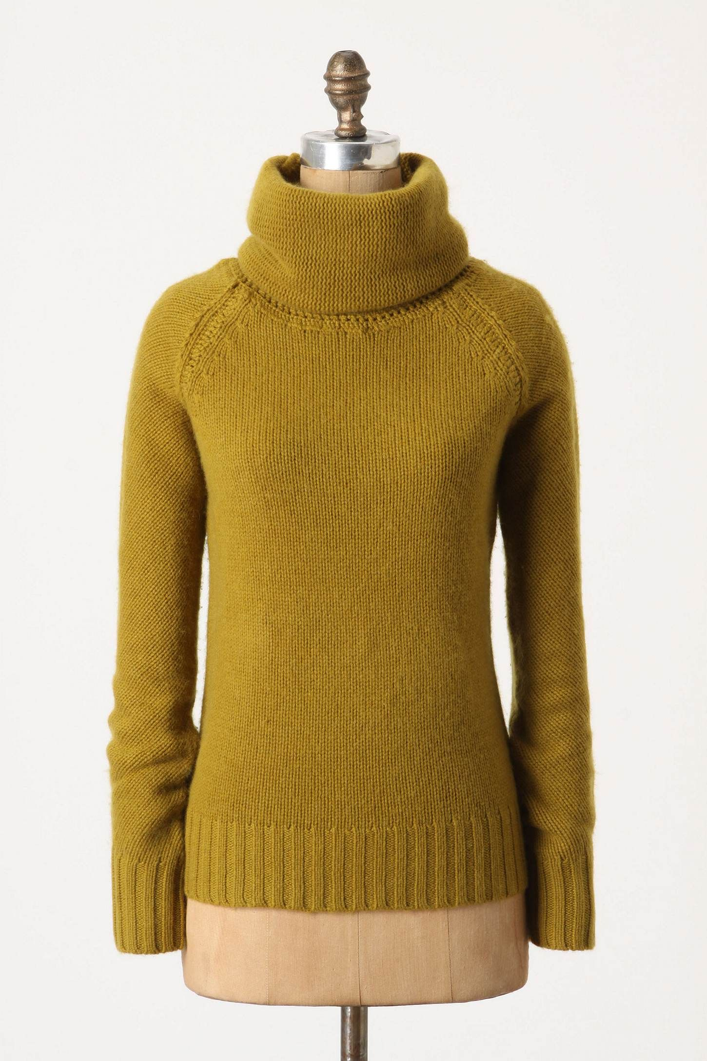 classic go-to sweater without the itchy material (cashmere is so soft)!