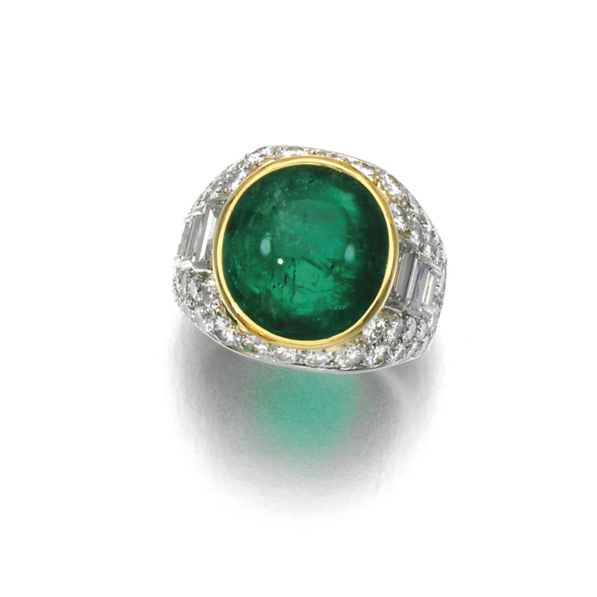 emerald and diamond ring bulgari of bomb design colletset with a cabochon