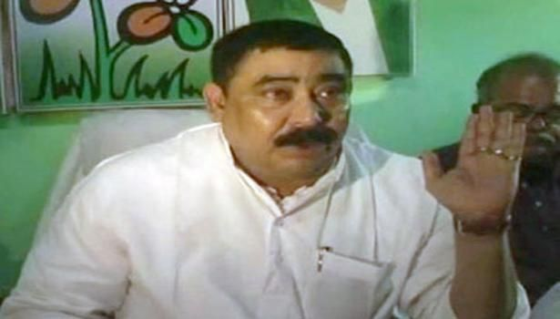 TMC leader threatens to chop off Congress activists' hands