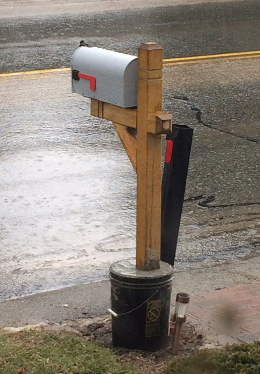 Install A Mailbox Post In The Winter Mailbox Post Mailbox