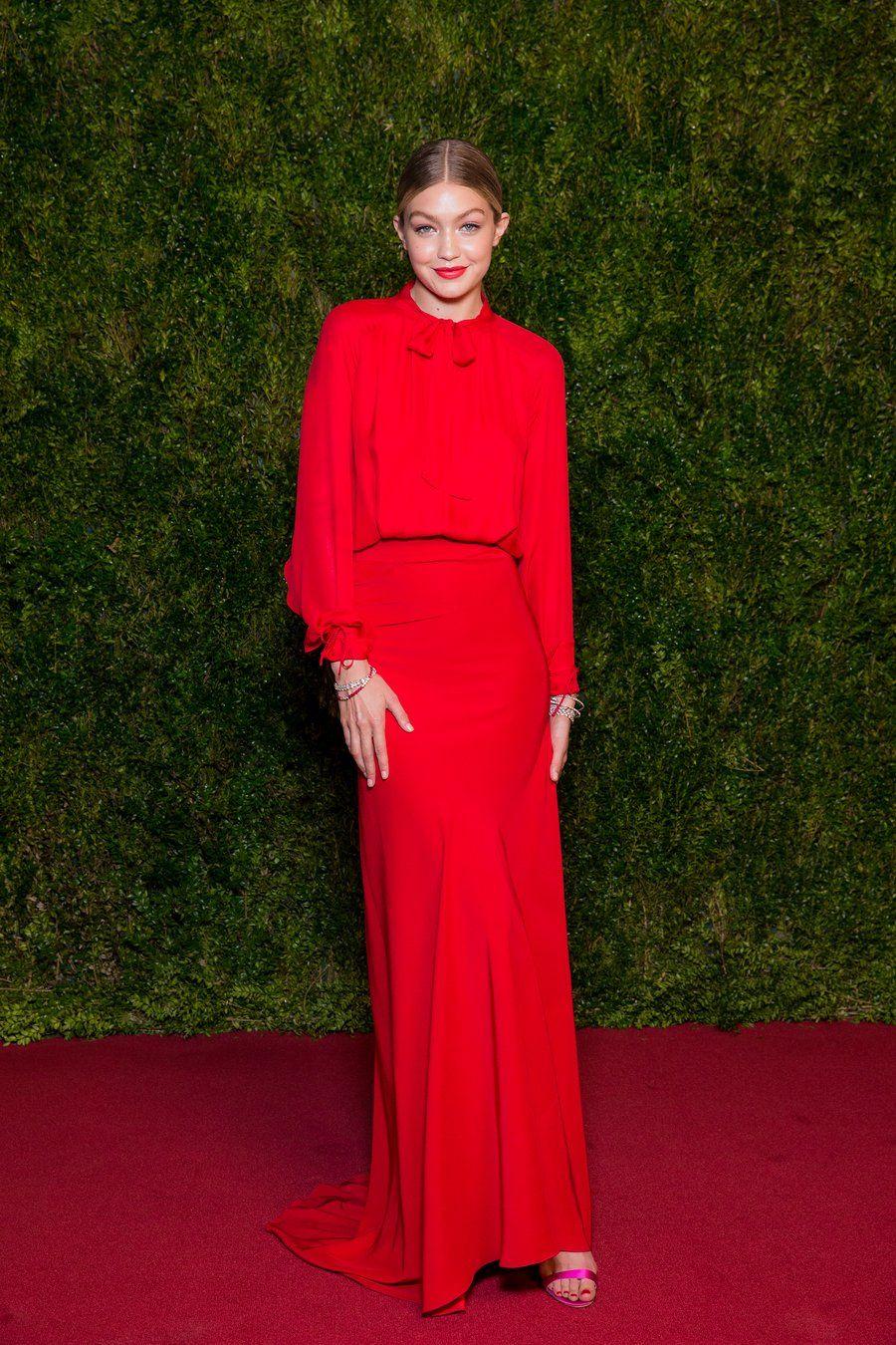 Red Carpet Rules Gigi Hadid Outfits Red Carpet Fashion Gigi Hadid Style [ 1350 x 900 Pixel ]