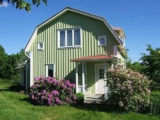 Schwedenhaus grün  Geschmackvolles und sonniges Ferienhaus in Smaland Schweden in ...
