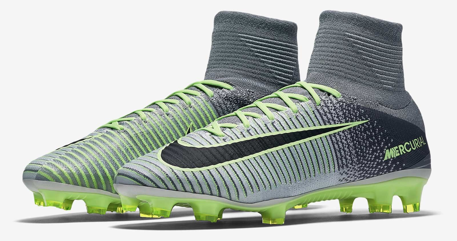 dae5dd7b1ac6 Pure Platinum Nike Mercurial Superfly V 2016-17 Elite Pack Boots ...