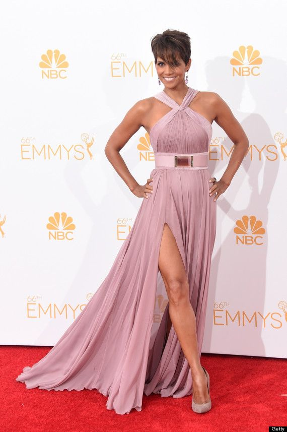 Halle Berry Makes A Movie Star Appearance At The Emmys | Elie saab