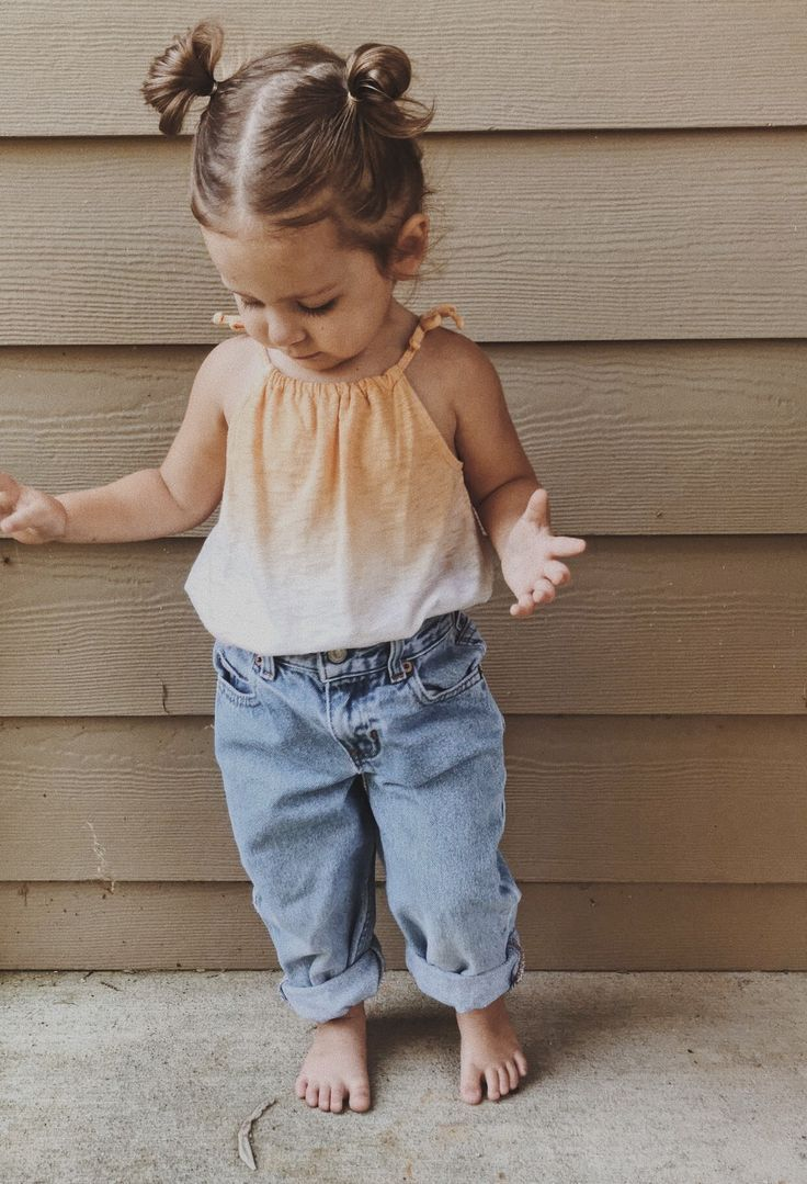 Casual cute baby girl outfit for summer or fall. Love the ombre ...