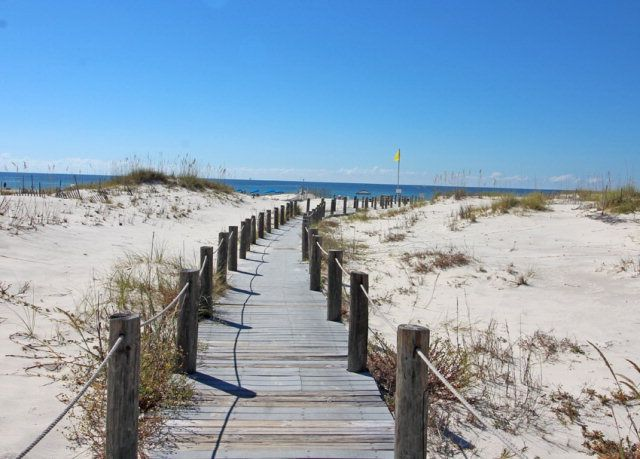 Welcome to Gulf Shores Plantation in Fort Morgan, AL