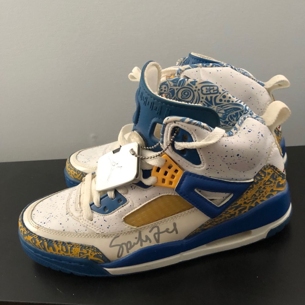 new styles dcea3 6578f Autographed Air Jordan Spizike Do The Right Thing Size 8 ...