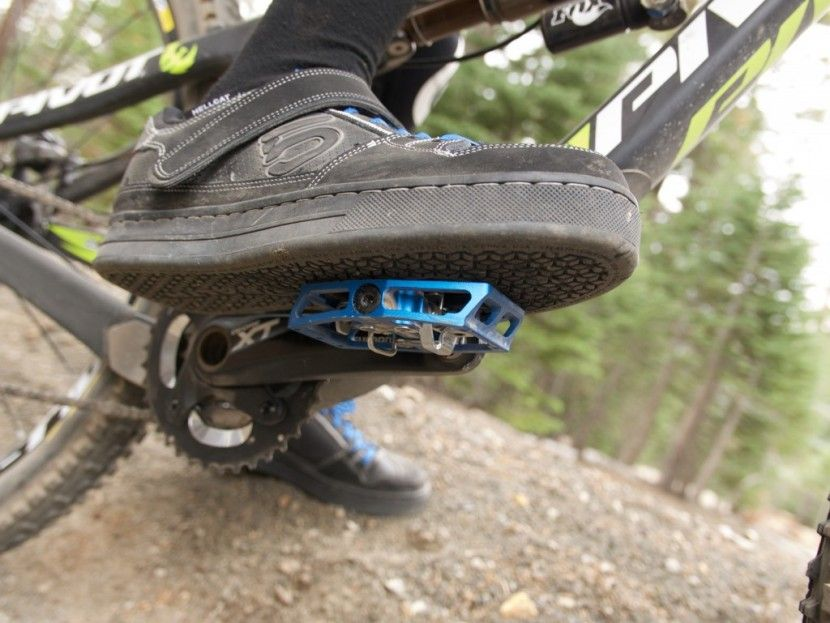 7 Best Mountain Bike Gloves Updated For 2019 With Images