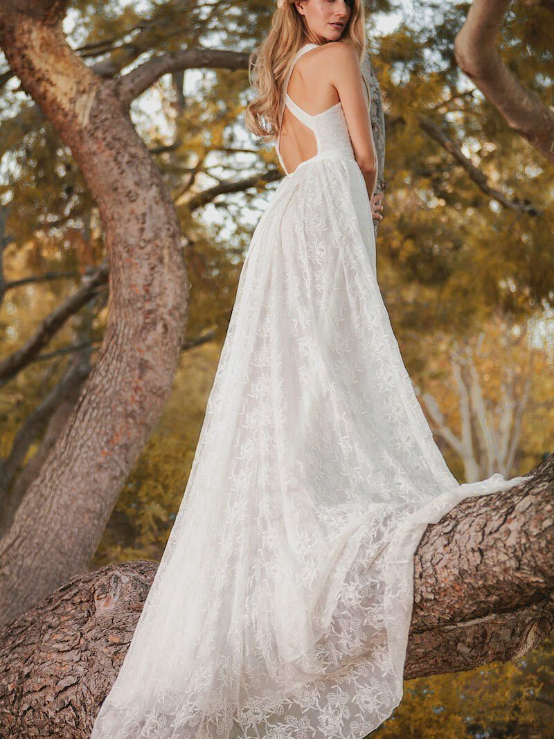 Charming deep vneck grace lace beach wedding dresses boho with