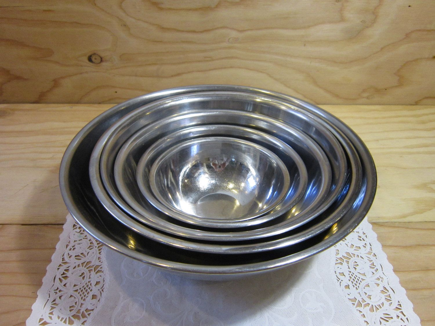 Set of 6 Vintage Stainless Steel Nesting Mixing Bowls * Stainless ...