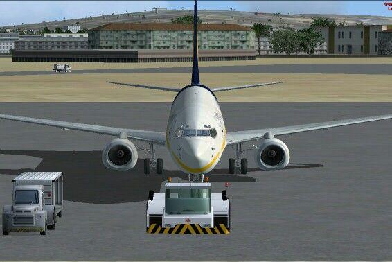 Jet Airways 737 in Mumbai