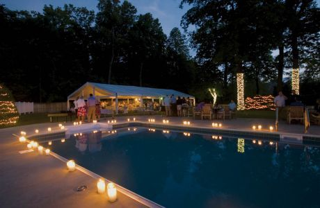pool side decor/great idea for a night time party.maybe my birthday or
