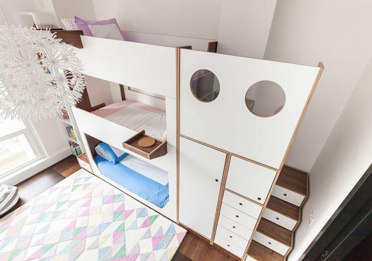 Etagenbett Drei Schlafplätzen : Etagenbett für kinder drei weiss nachttische integriert