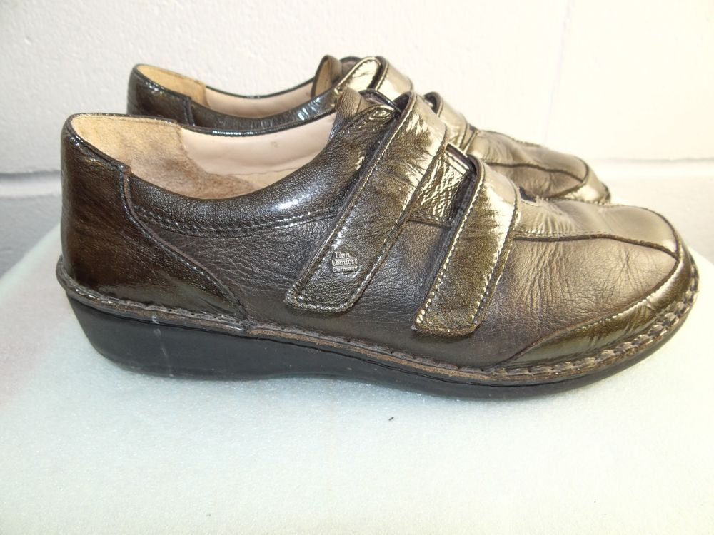 4b207a6139b1 Finn Comfort Dark Green Leather Strap Shoe Women Size 40  9-9.5M Made in  GERMANY  fashion  clothing  shoes  accessories  womensshoes  flats (ebay  link)