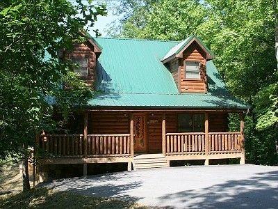 Favorite Fall Vacation Spot Hidden Mountain Sevierville Tn Vacation Cabin Vacation Vacation Rental
