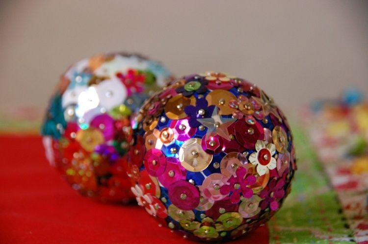 Boule de no l d corer id es inspirantes et cr atives - Decoration boule de noel en polystyrene ...