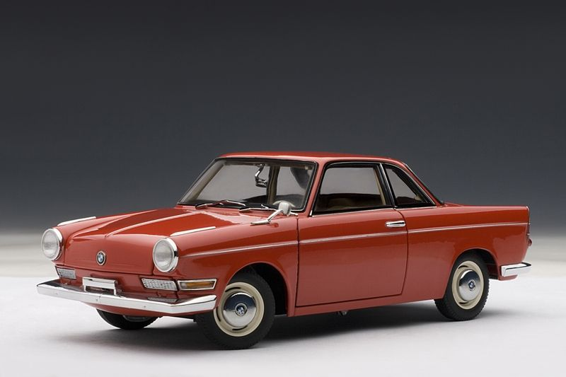 AUTOart: BMW 700 Sport Coupe - Spanish Red (70652) in 1:18 scale