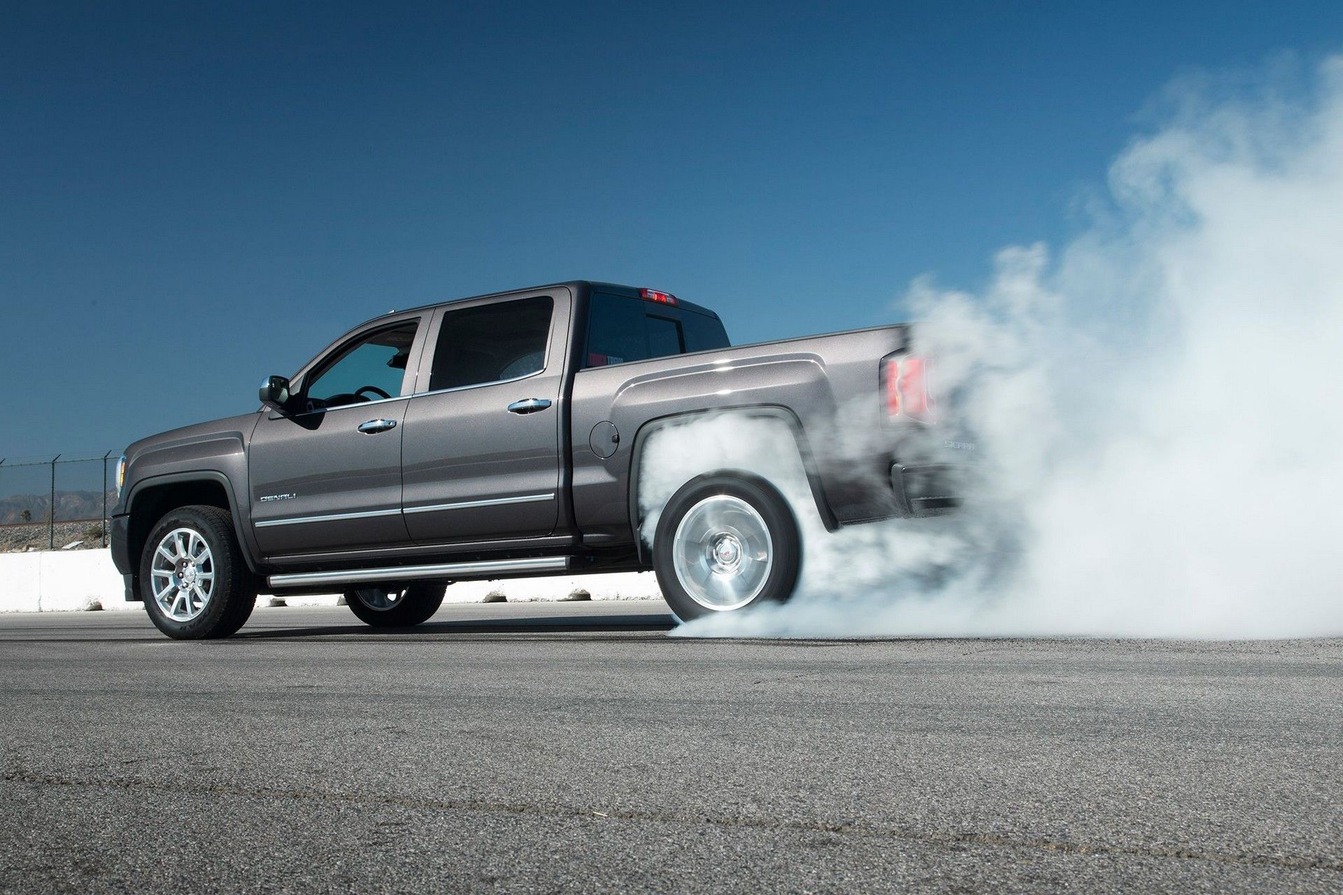 2020 Gmc Sierra Denali Crew Cab Review Mpg Interior