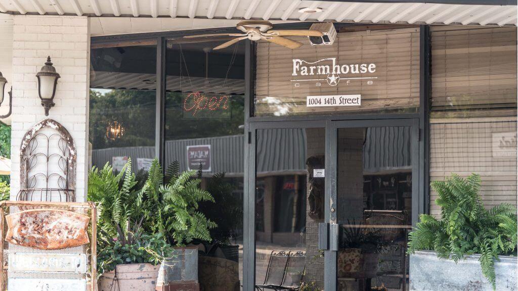 Home Farmhouse Cafe Farmhouse cafe, Outdoor decor