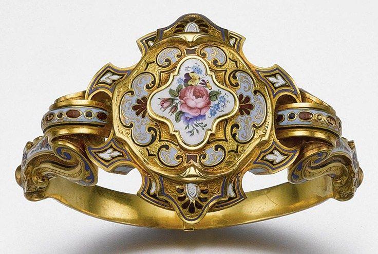 Gold and Enamel Bracelet circa 1840