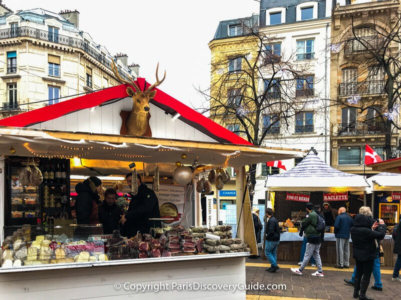 Paris Christmas Market 2020 Dates Les Halles Christmas Market chalet | Paris christmas market