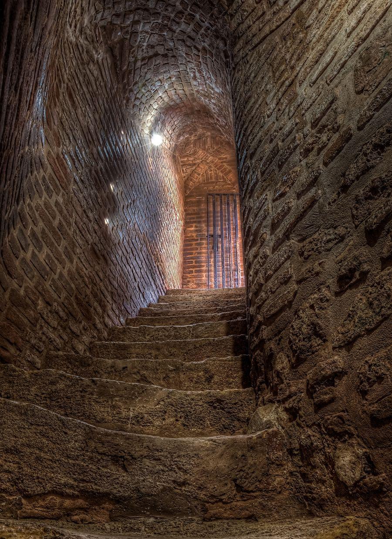 Steps Up Freedom Inside Castles Castles Interior Stairways