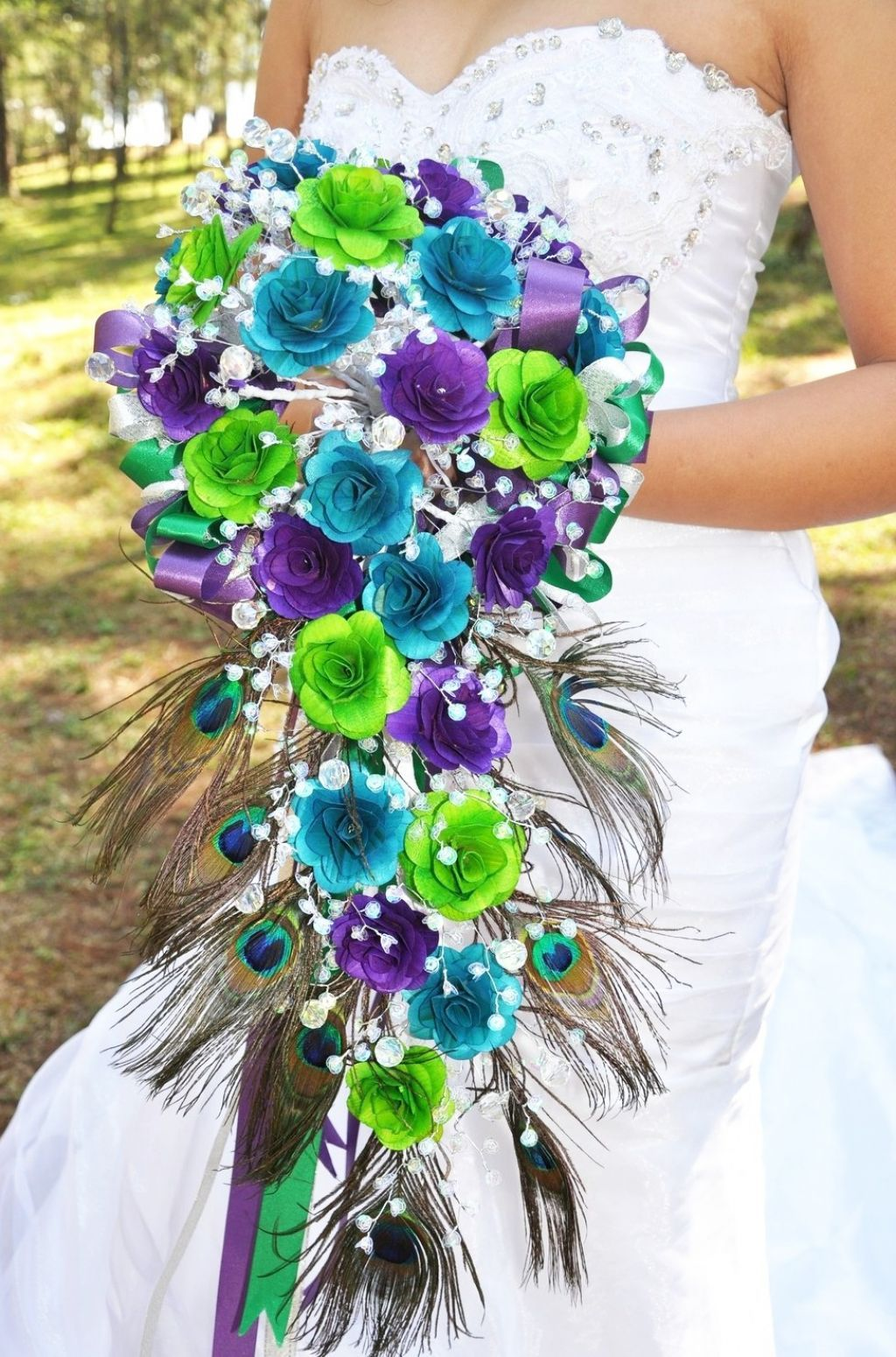 Rose And Baby S Breath Cascading Bouquet Without The Ugly Feathers Lime Wedding Purple Green