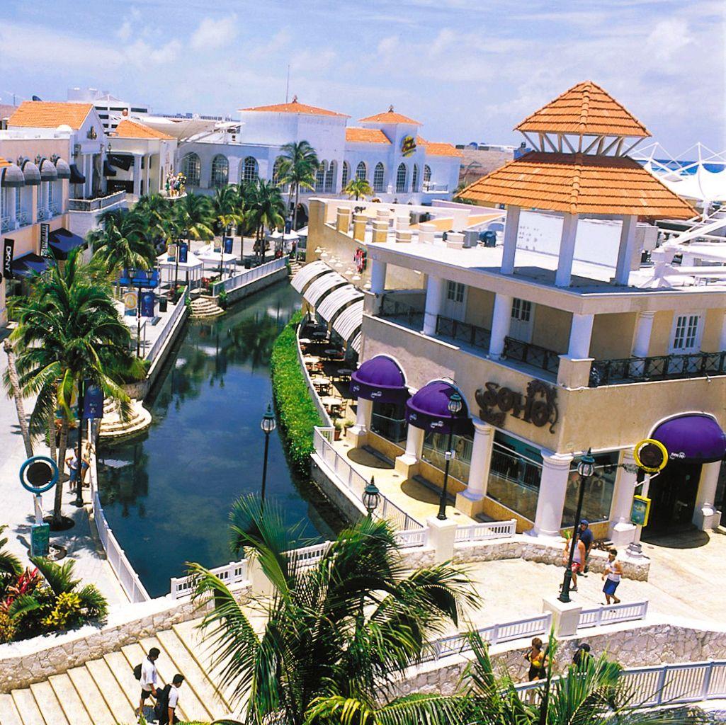 Resultado de imagem para shopping la isla cancun