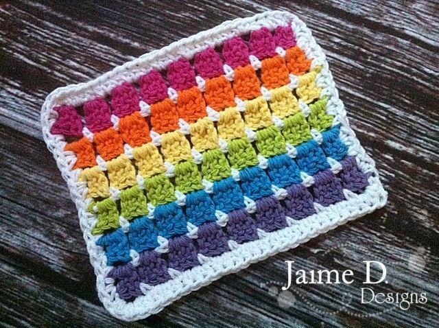 Show your true colors with all the colors of the rainbow — 10 rainbow crochet projects (including FREE patterns) just for you!