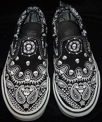 af253100d36068 Rare VANS OFF THE WALL black skull paisley bandana skater slip-on shoe 5 wmn