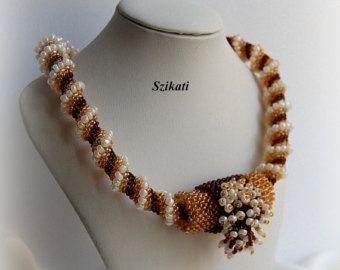 ¡VENTA DEL 20%! Declaración multicolor semilla colgante collar, la joyería de la alta Beadwoven, de mujeres con cuentas accesorios, regalo para ella, OOAK