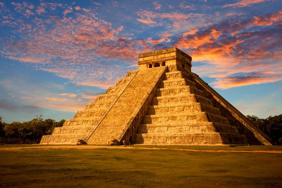 Templo a Kukulcán, Yucatán   Maya civilization, Chichen itza, Ancient ruins