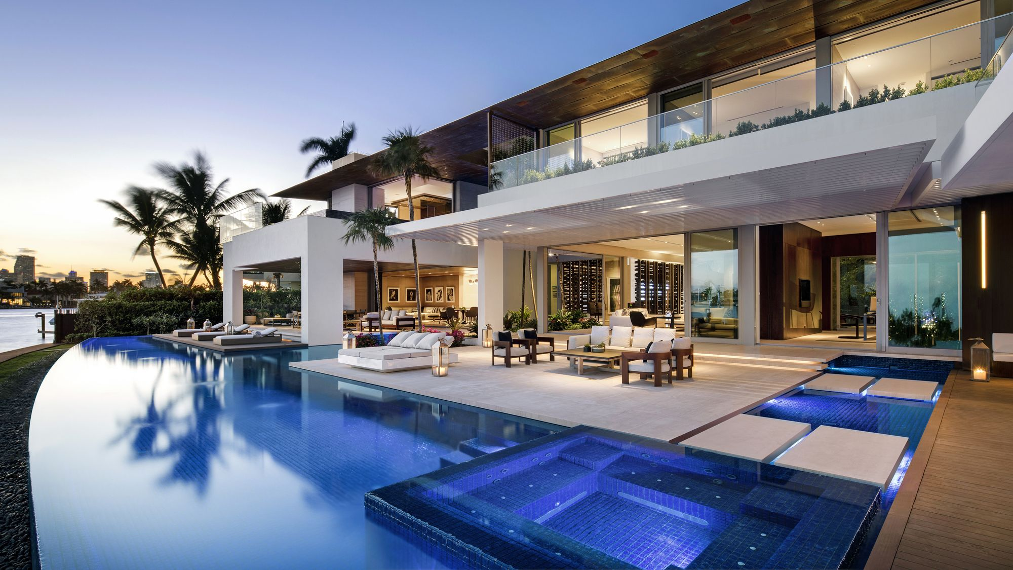 Image 6 Of 20 From Gallery Of Dilido House Saota Photograph By Adam Letch Miami Houses Fancy Houses Luxury Homes Dream Houses
