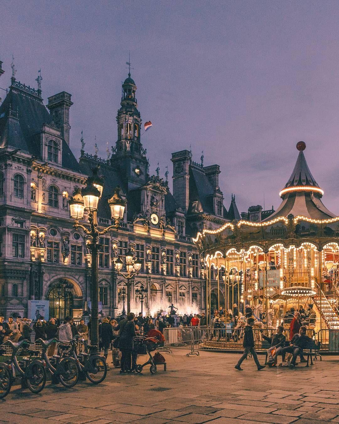 Carousel Place de Hôtel de Ville, Paris. Follow us