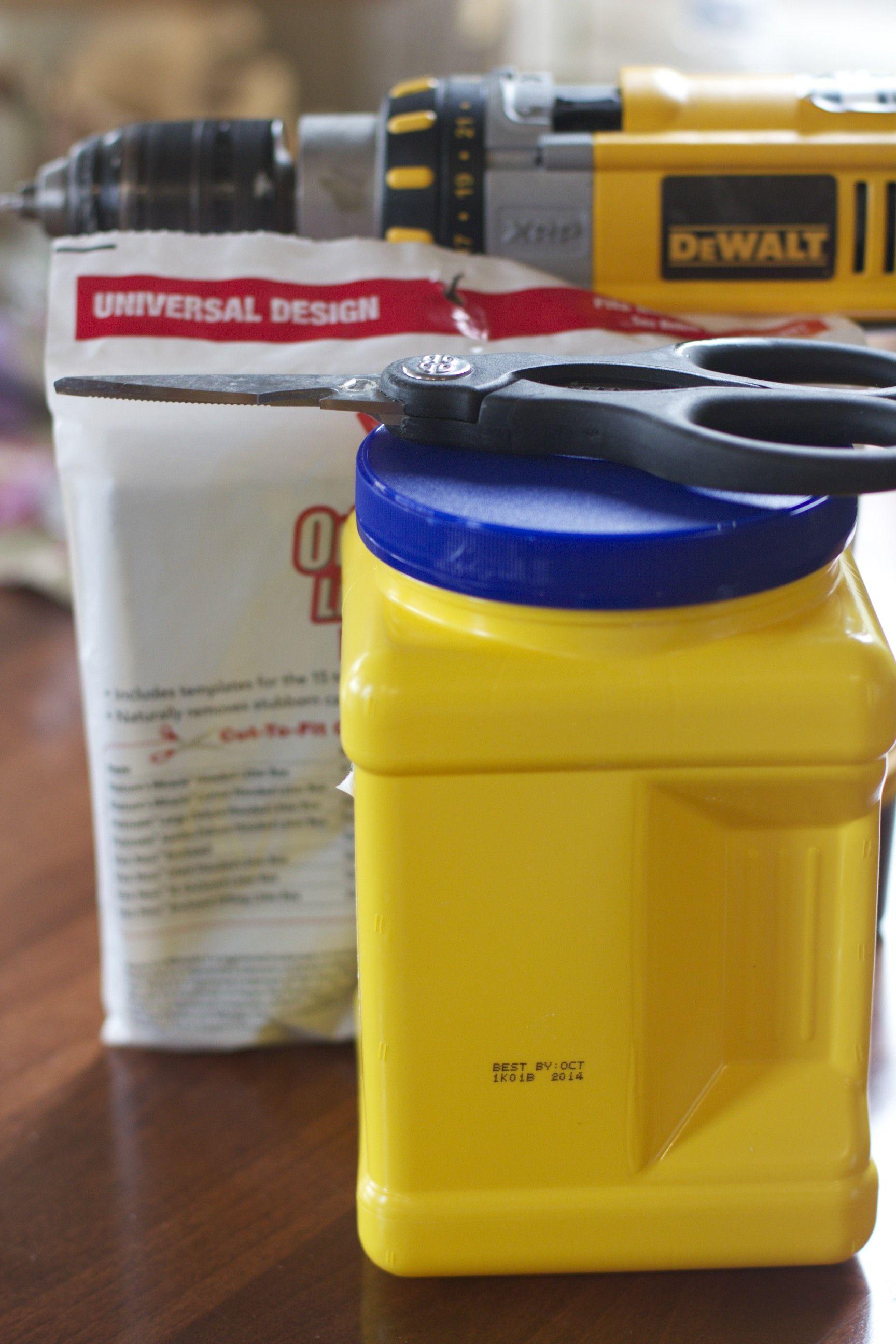 DIY Kitchen Compost Pail (With images) | Compost pail ...