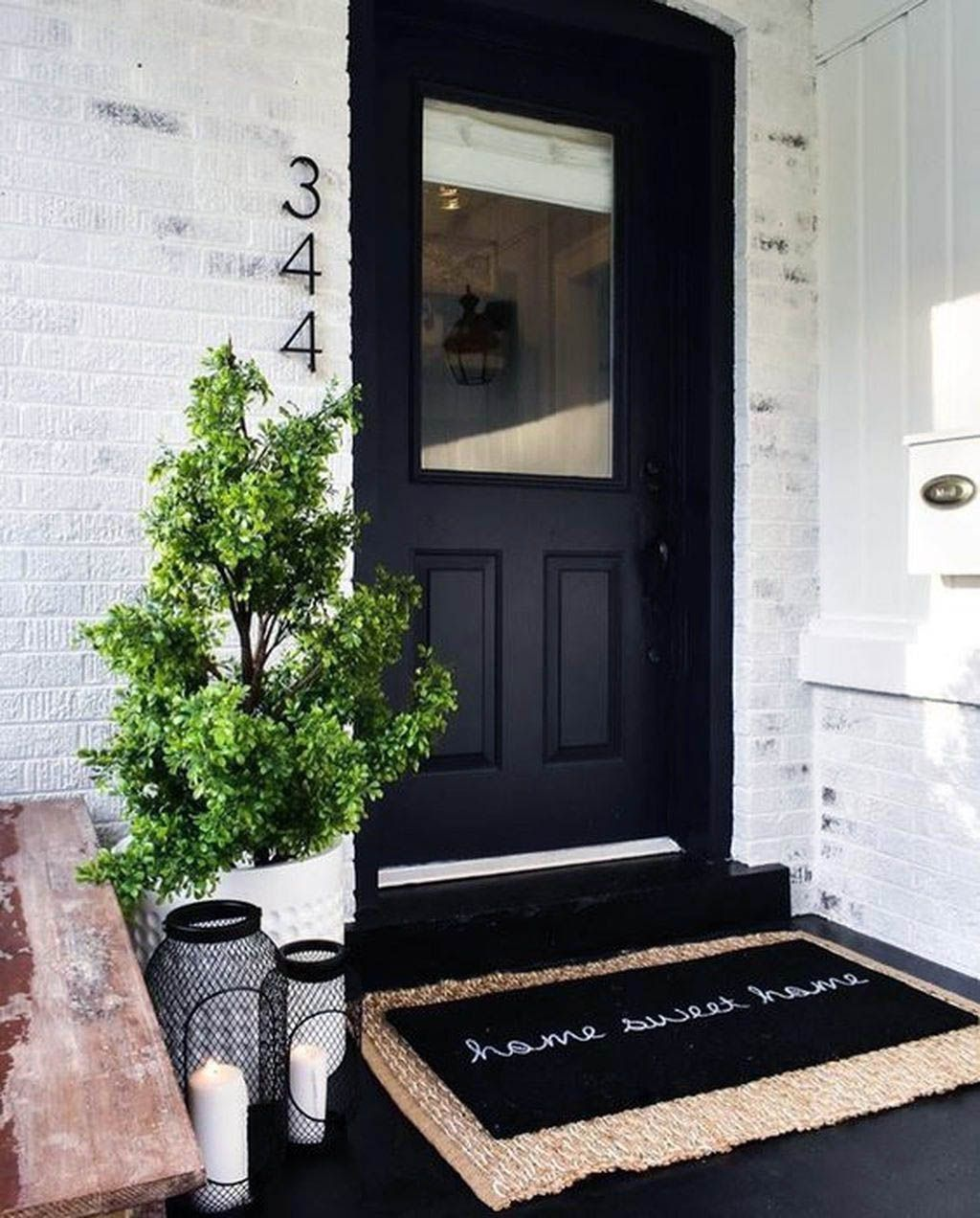 Fashionable front porch decor idea that will impress you #smallporchdecorating