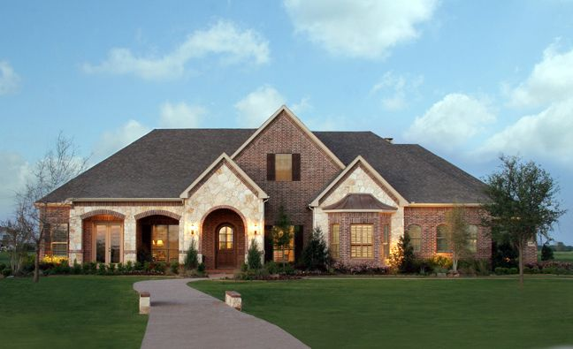 Paul taylor homes dfw large 1 story house plans and they for One story brick home designs