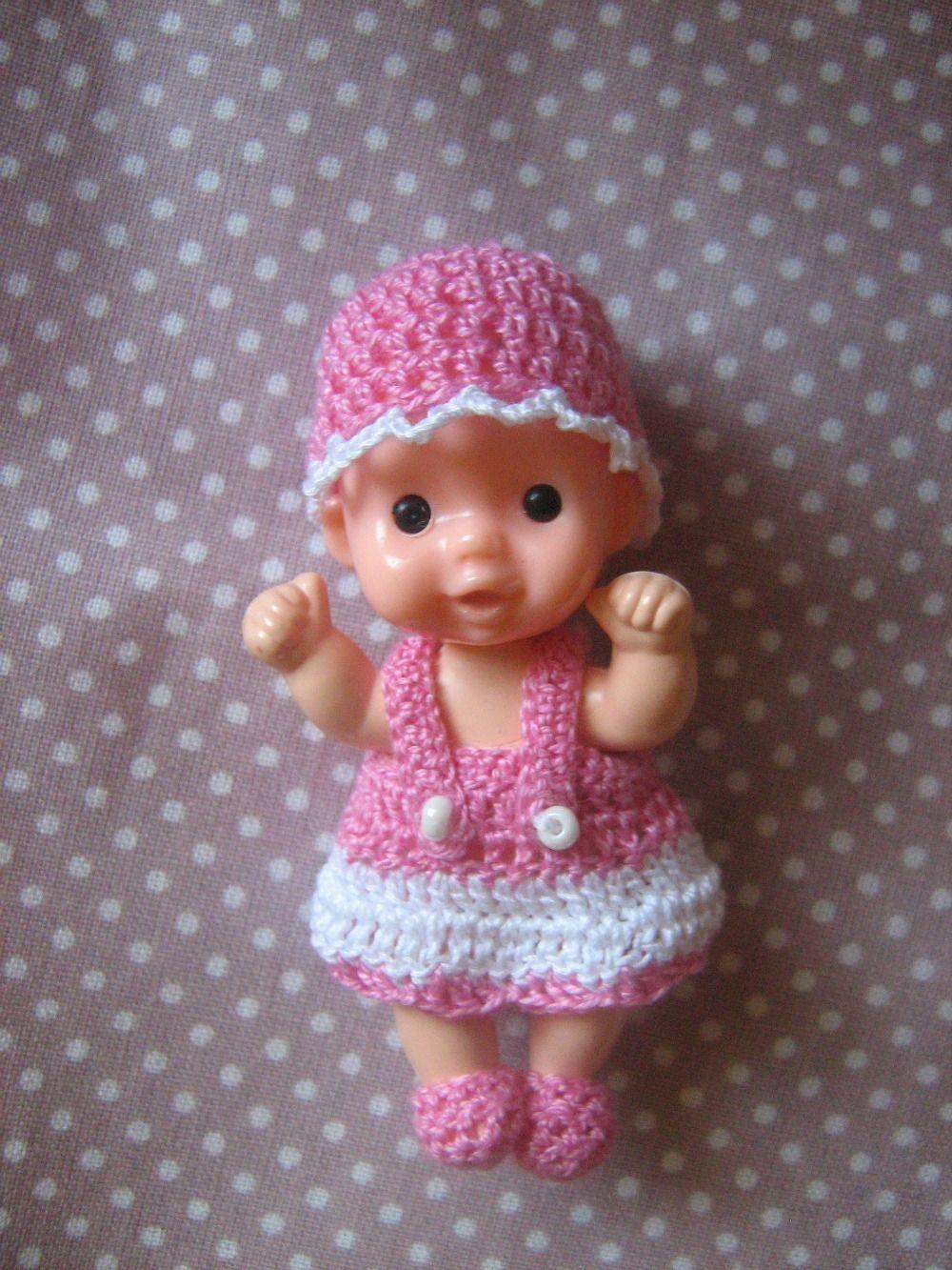 Háčkované šatičky na retro panenky
