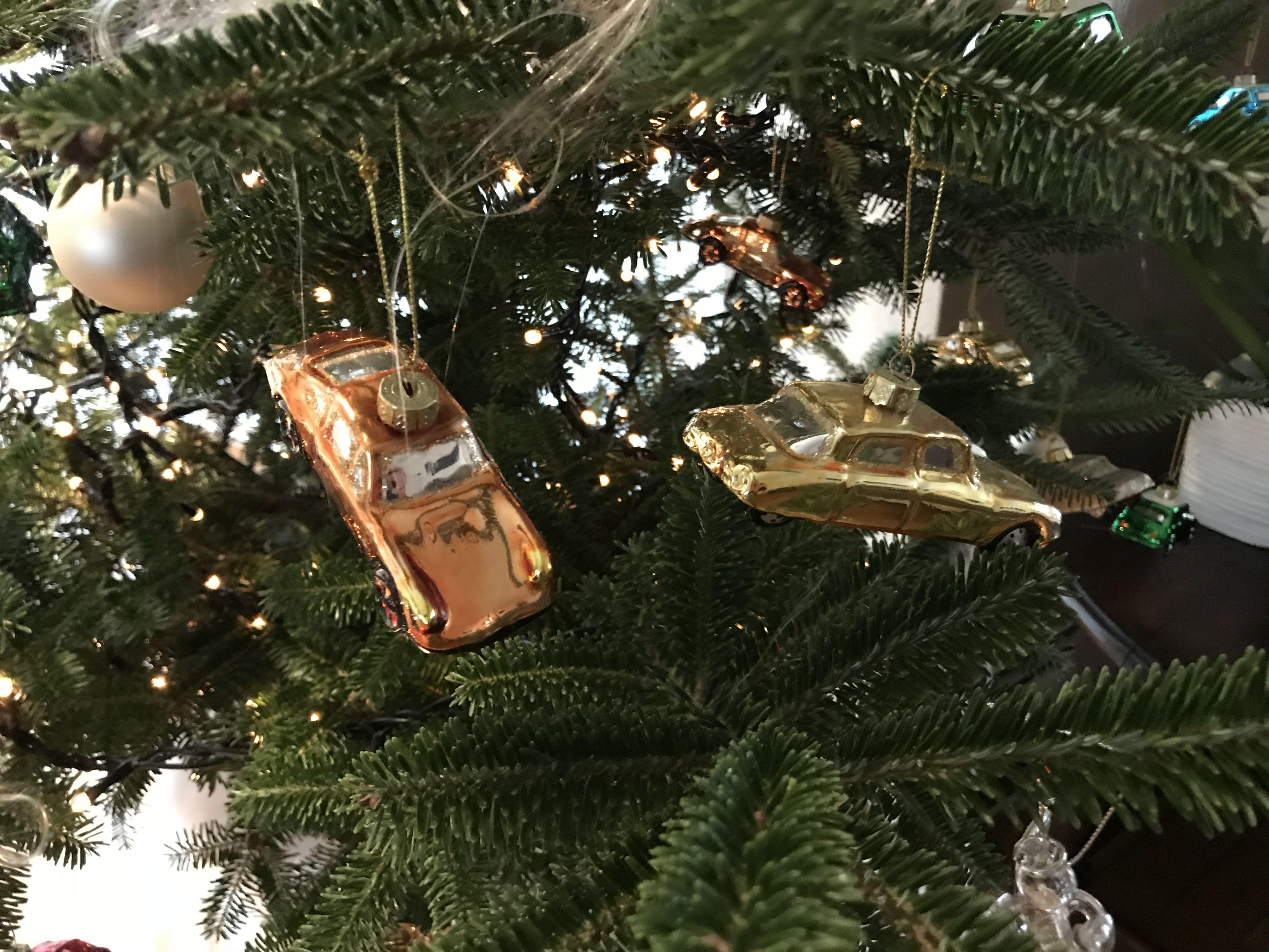 Pin van Jelle Demolder op Jingle cars Kerstballen, Oldtimers