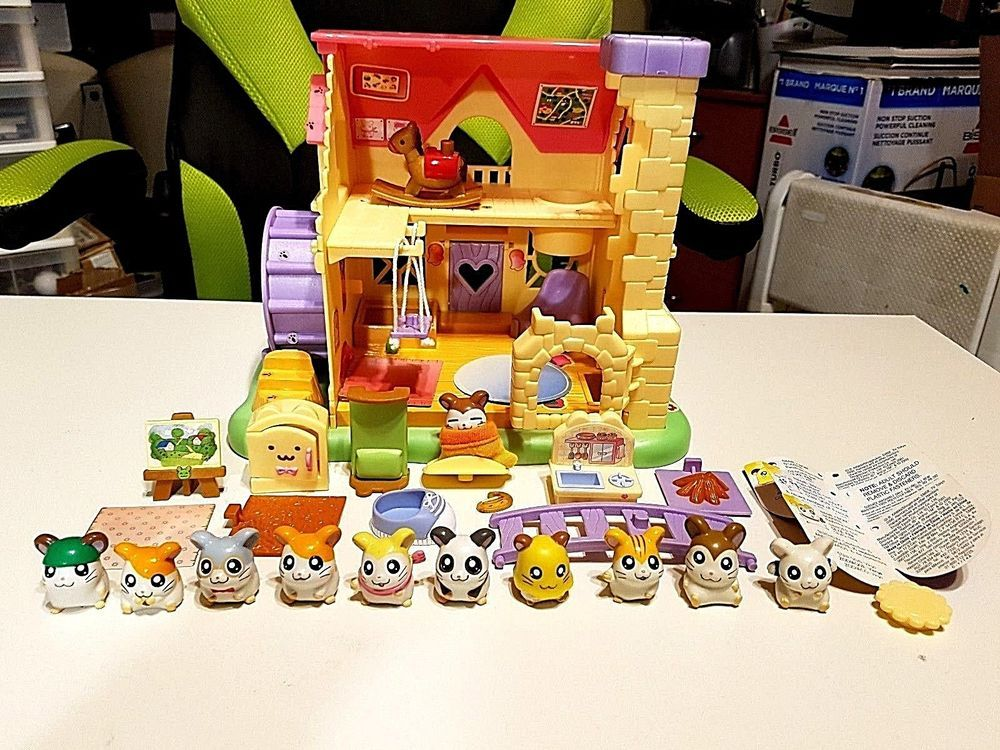 HAMTARO HAM HAM TOY HOUSE With 11 HAMSTER Figures