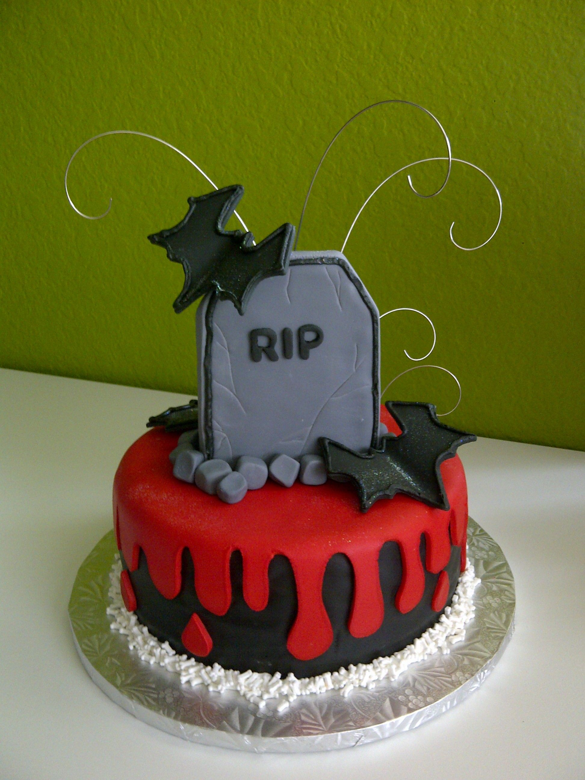 Halloween Cake Celebration Cakes ideas Pinterest Halloween - Halloween Cake Decorating Ideas