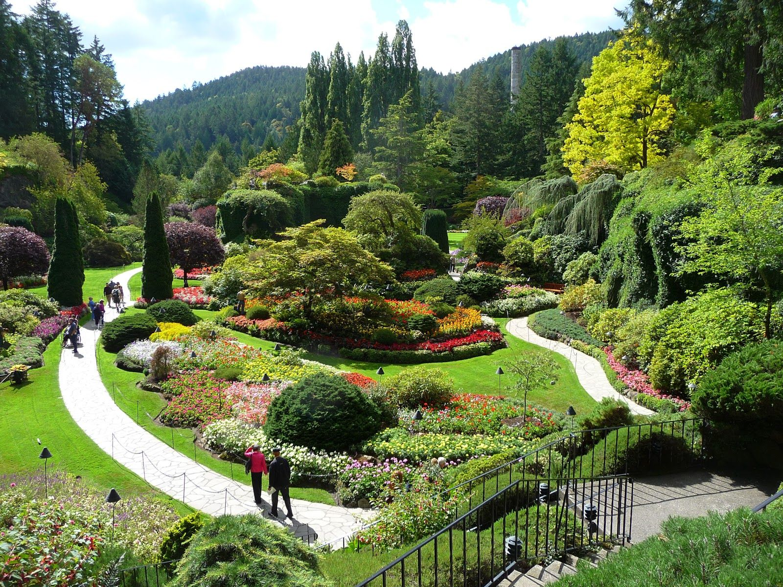 Wind Lost ~ dreaming of spring- Buchart Gardens in Victoria Canada ...