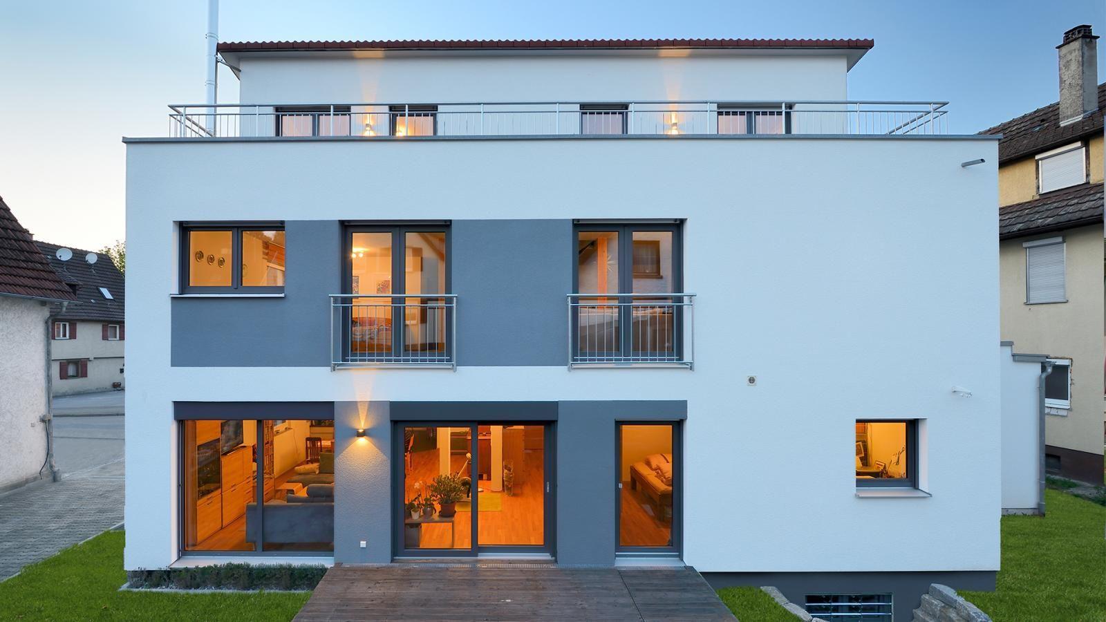 Mehrfamilienhaus Pultdach behindertengerechte Wohnung